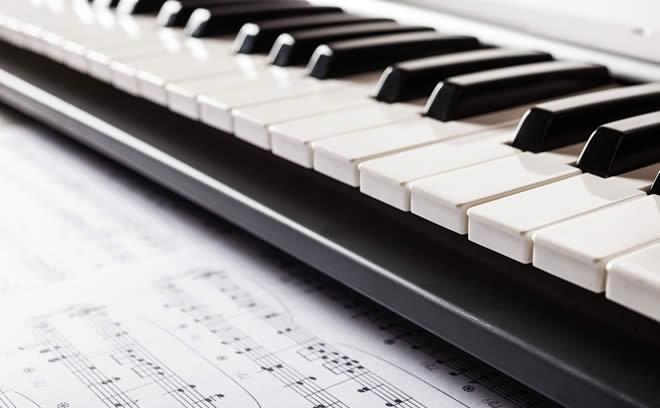 ピアノと楽譜